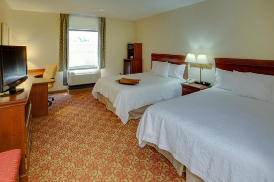 Hampton Inn Shrewsbury: Queen/Queen Bed Rooom