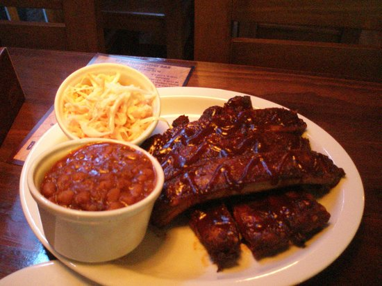 Smokehouse Bbq: RIBS W/ Baked Beans & Coleslaw
