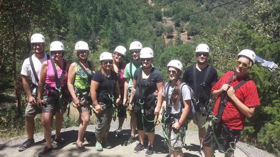 Rogue Valley ZipLine Adventure: Our group at the end of the last line