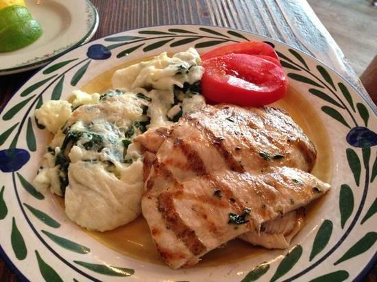 Gemma : grilled chicken with eggs with spinach. brunch menu