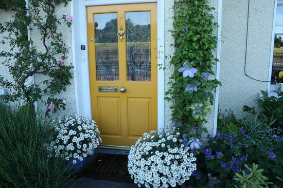 Dunromin B&B: entryway