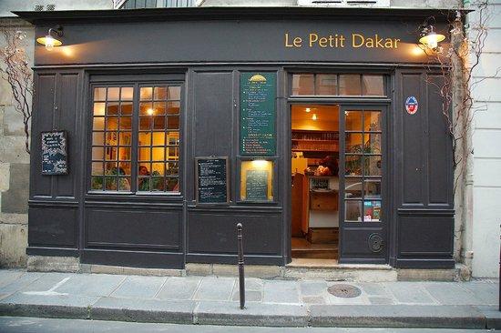 Le Petit Dakar: Small!