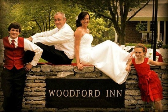 The Woodford Inn has beautiful grounds for wedding & events.