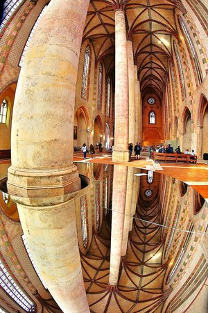 Church of Les Jacobins: Jacobins with Mirror