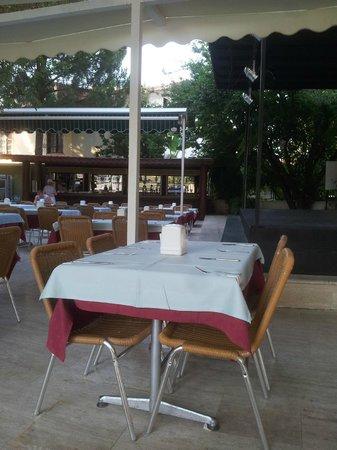 Mersoy Exclusive Aqua Resort: Evening Meal Area Block A