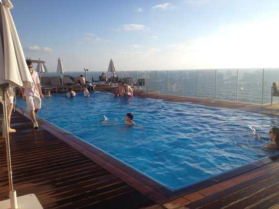 Carlton Tel Aviv: Roof Deck Pool