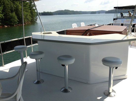 Sun Deck Bar And Jacuzzi Picture Of Paradise Rental Boats