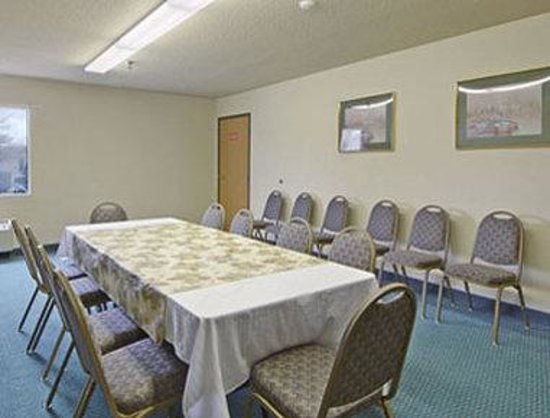 Super 8 Pasadena: Meeting Room