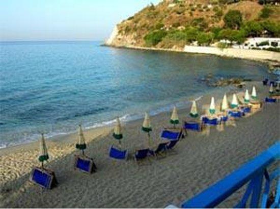 Park Hotel Capo Vaticano: Spiaggia Privata
