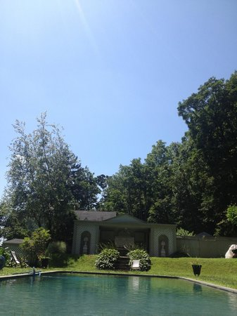 RiverView Bed & Breakfast : Along way from NYC now!
