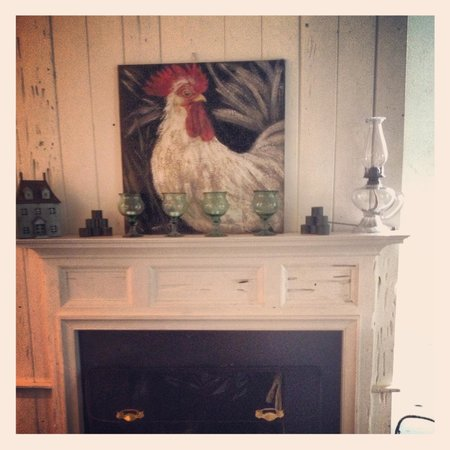 RiverView Bed & Breakfast : Dining room decor