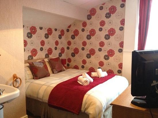 Hilbre Hotel: double room
