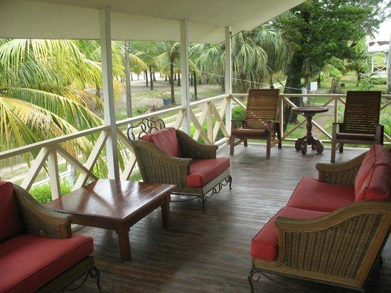Telamar Resort : Sala de una de las villas
