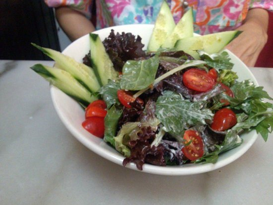 Cheesetique: House salad