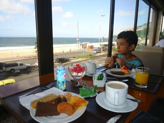 Hotel Marina Palace Rio Leblon: o cafe da manha é muito bom, mas o preço das refeiçoes sao muito elevadas