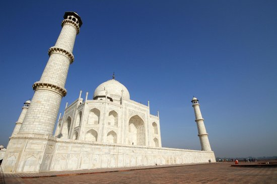 Taj Mahal: View of the mausoleum from the Mehman Khana (guest house)