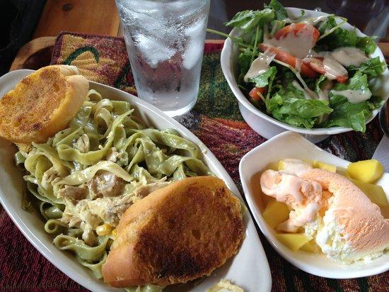 CheTica Ranch : Lorena can cook!