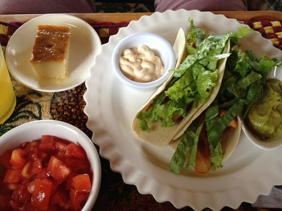 CheTica Ranch: Another delicious meal... yep, at this way for 21 days!