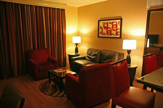 Hilton Promenade at Branson Landing: Room in South Tower