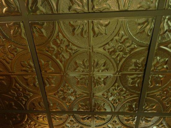 Wynkoop Brewing Company : Bathroom ceiling. Fancy!