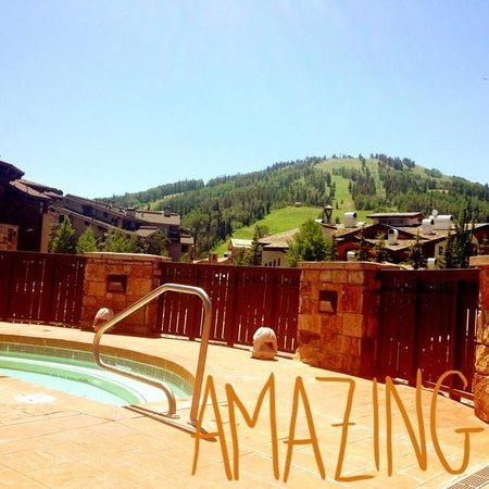 The Chateaux Deer Valley: Views from the pool.