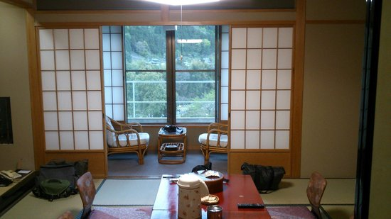 Hotel Gujo Hachiman : 和室