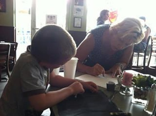 Chuck's Last Stop: Our waitress teaches us how to draw a shark