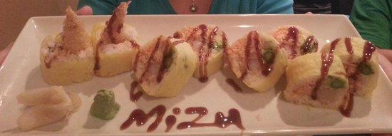 Mizu Japanese Restaurant : The house roll...