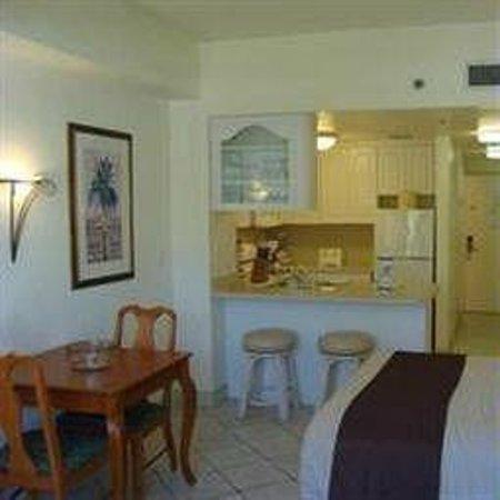 Golden Strand Ocean Villa Resort: Cozinha