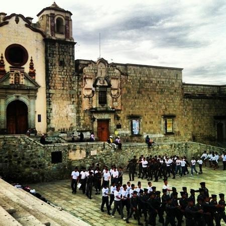 Basílica de la Soledad: some training/rehearsal on Sunday
