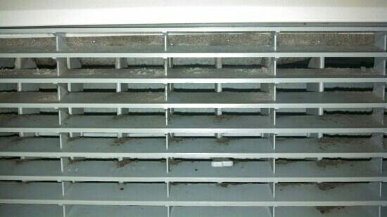 Baymont Inn and Suites Keokuk: top of air conditioner