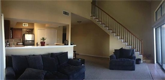 April Sound Country Club and Resort : Suite Living Area Facing Lake Conroe