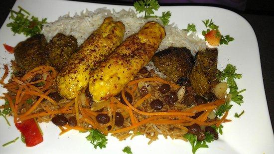 3 Olives Mediterranean Bar & Restaurant: chicken and beef kabob on pilaf