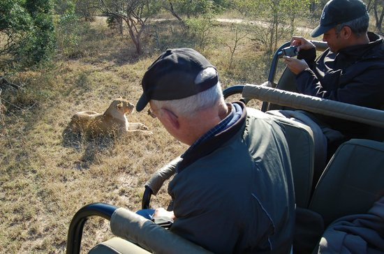 Serondella Game Lodge: You can see how close we were to wildlife