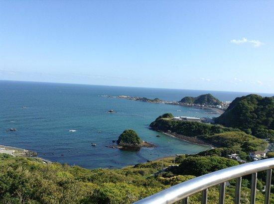 Kamogawa, Japonya: 鴨川松島を臨む展望台からの風景