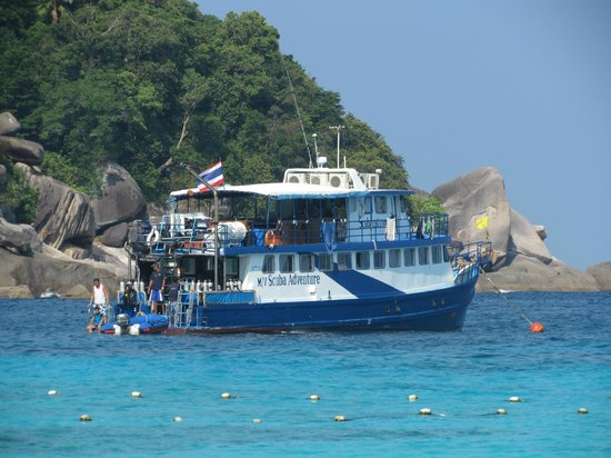 Scuba Cat Diving - Soi Watanna Shop and Classrooms : M/Y Scuba Adventure - Liveaboard - Scuba Cat Diving!