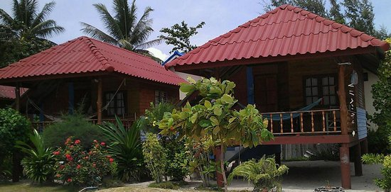 bungalows at Seaview Rainbow