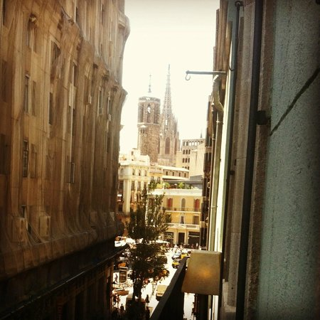 Hotel Banys Orientals: view from room looking towards cathedral