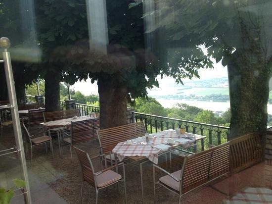 Hotel Schachner - Krone & Kaiserhof: Gastgarten