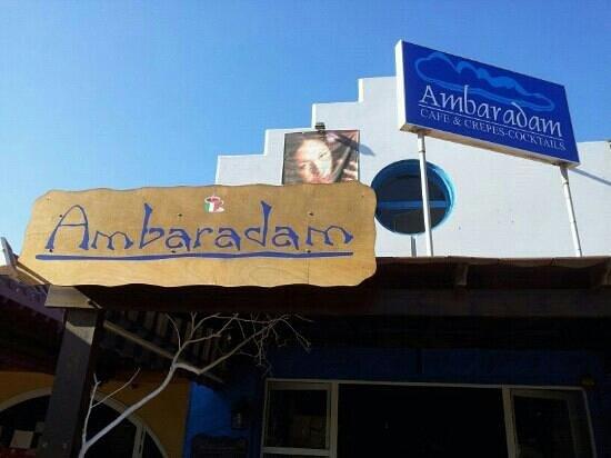 Ambaradam Café : Dall'esterno