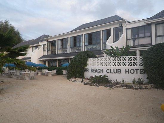 Muri Beach Club Hotel : Hotel from the beach.