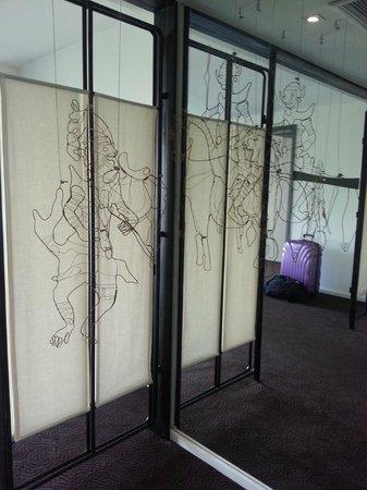 Tenface Bangkok: entry into room