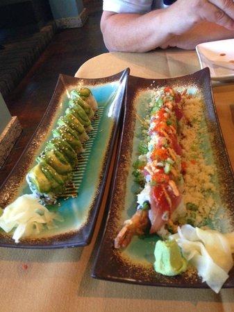 MIZU Sushi Bar & Grill : rolls