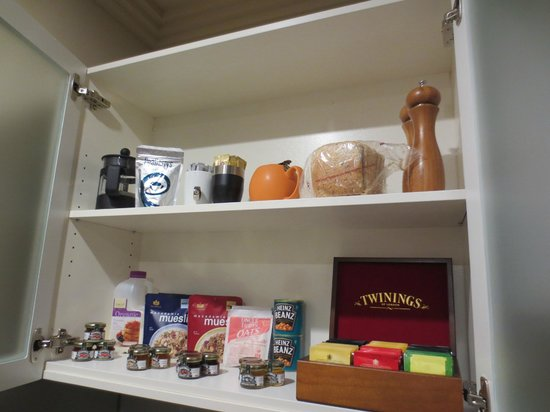 Cedars Mount View: Breakfast provisions