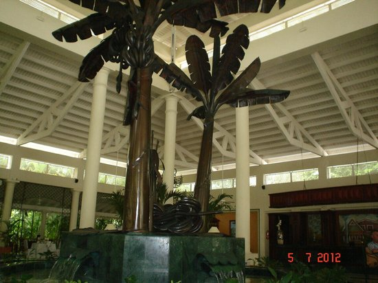 Grand Bahia Principe El Portillo: vestibulo