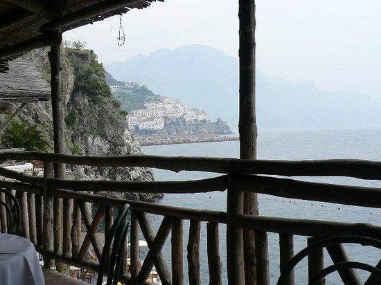 سانتا كاترينا: dal terrazzo del ristorante livello mare