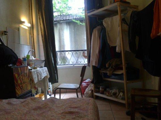 Pratic Hotel : La chambre.