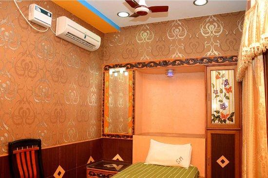Hotel Tamilnadu -  Trichy: ROOM