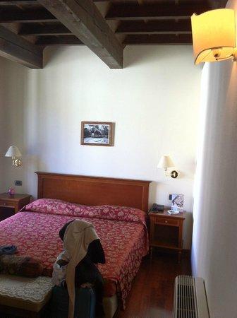 Hotel Corte Estense: Zona letto
