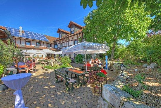 Kuchalber Hof Kuchalber Stuben: Gartenterrasse